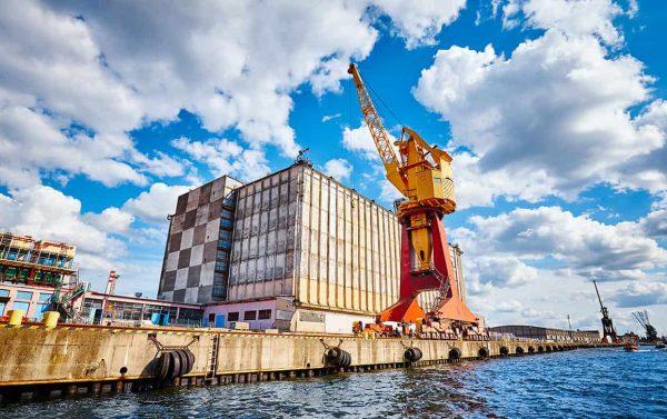 Industria navale Priano Marchelli Intenational Freight Forwarders